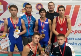 Уральские награды омских борцов
