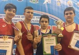 Омские борцы завоевали награды открытого первенства Тюменского района