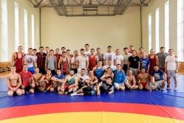 Адлет Тюлюбаев принимает участие в УТС в Новосибирске