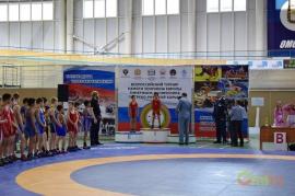 В Омске прошел турнир по греко-римской борьбе памяти Тимержана Калимулина