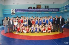 В Омске прошел ХХIII Мемориал Сергея Игнатенко по греко-римской борьбе