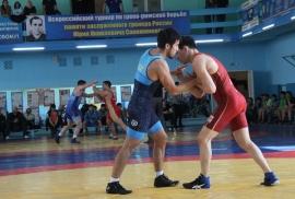 57-й Мемориал Юрия Сапожникова по греко-римской борьбе назвал победителей