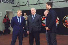 Тренировочный зал кафедры единоборств посетил депутат Госдумы Сергей Попов