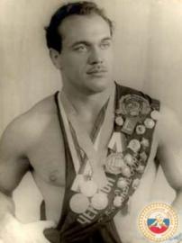 Николаев Валентин Владимирович