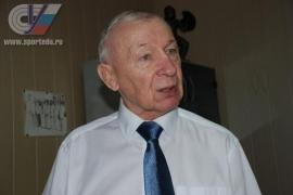 """Профессор Виктор Игуменов: """"Я вообще положительный герой!"""""""