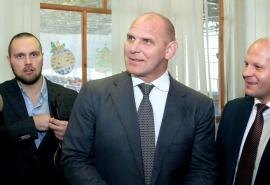 Карелин и Емельяненко посетили фестиваль единоборств СибГУФК